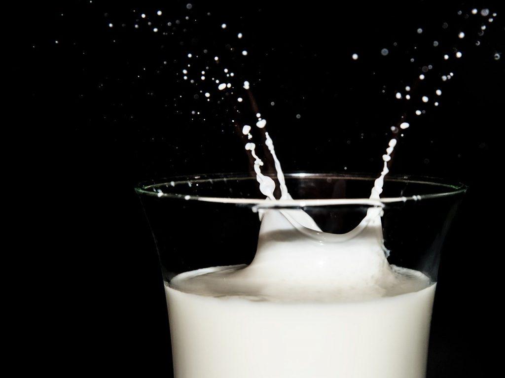 milk, high speed, photo